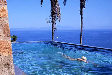 Unique romance couples vacation romantic planet vacations for Cool vacations for couples